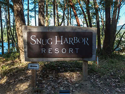 Snug Harbor Resort Sign