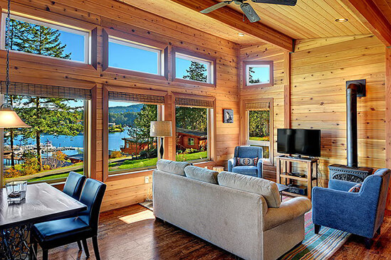 Snug Harbor Resort | Two Bedroom Water View Cabin