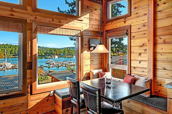 Two Bedroom Water View King Cabin Nook